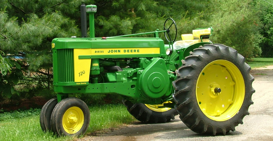Tractors restored by Terry's Tractor Restoration